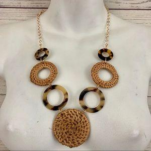 Jewelry - Acrylic resin acetate hoop straw boho necklace